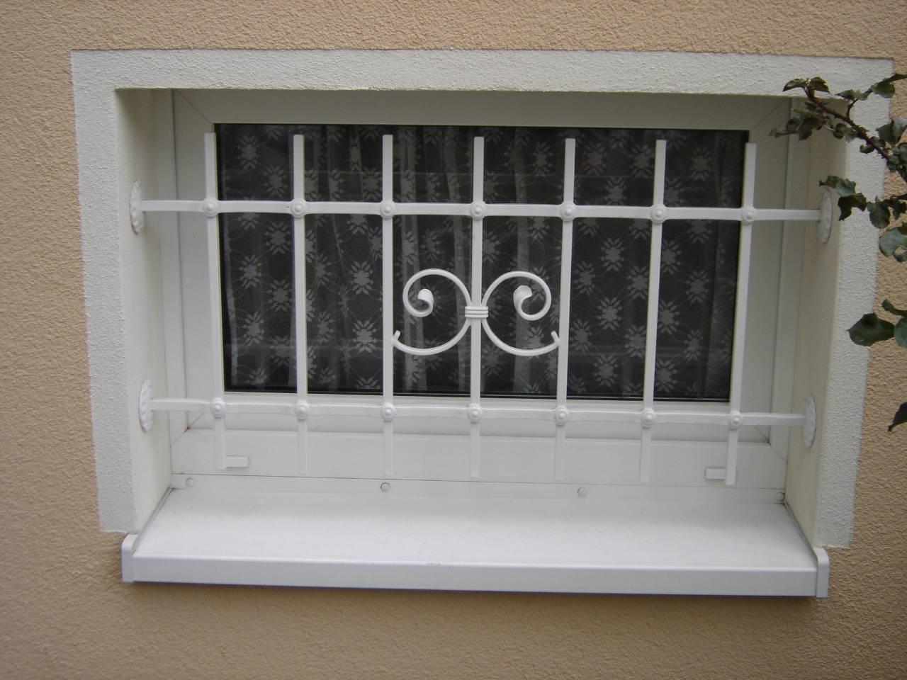 03-Fenstergitter