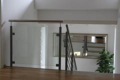 02-Geländer-mit-Glas